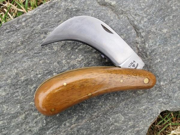 TINA Baumschulhippe 630 / 11 cm Gartenmesser Nußbaumholz Hippe Gärtnermesser